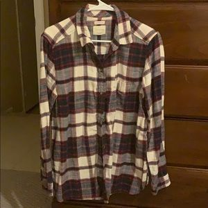 American Eagle plaid soft button down